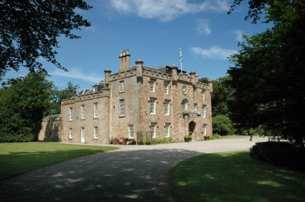 Castle Teaninich 1