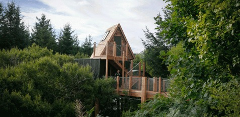 George Clarke's Amazing Spaces Tree House Building
