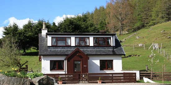 House 2 Ardgarry Farm, Faichem, Invergarry, Inverness-shire, Scotland PH35 4HG