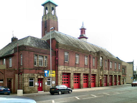 Rochdale fire station, Maclure Road Photo By David Dixon