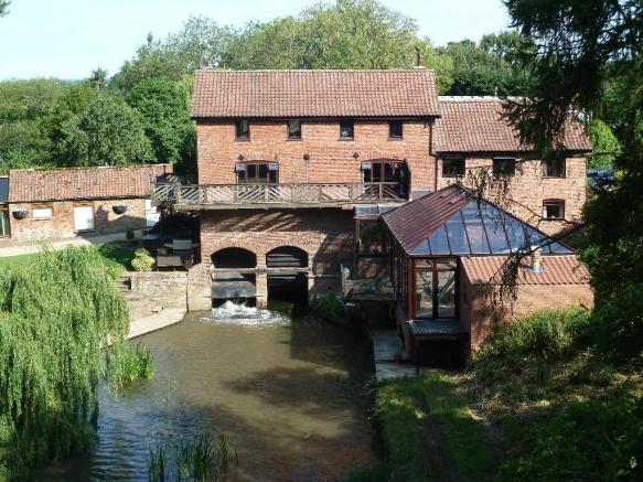 Aswardby Watermill, Sausthorpe, Lincolnshire, PE23 4LB