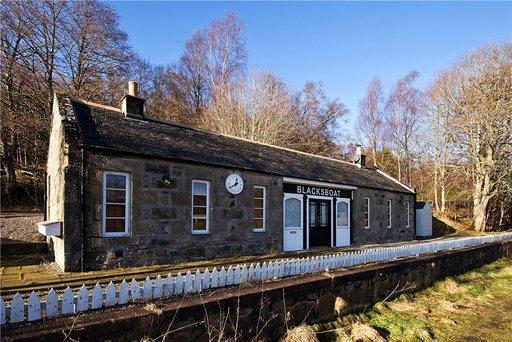 Blacksboat Station, Ballindalloch, Banffshire, AB37 9BN