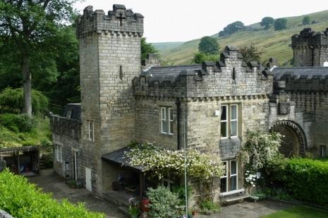 Gatehouse Main RSZ