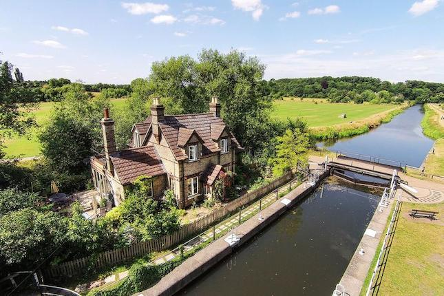 Lock Keeper's Cottage For Sale