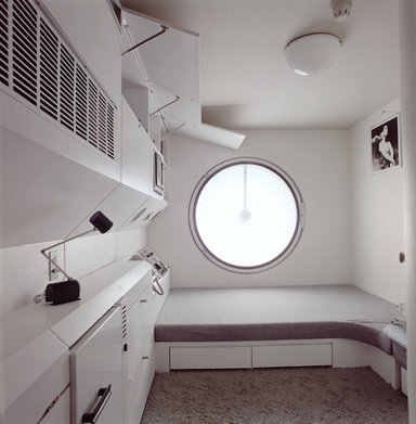 Nakagin Capsule Tower Photo Int1 Tomio Ohashi courtesy of Kisho Kurokawa Architect & Associates