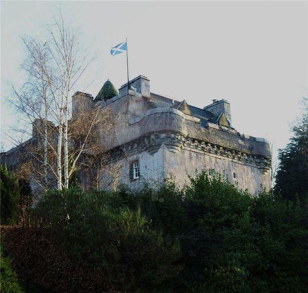 AAA Castle Levan