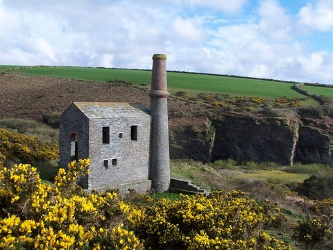 AAA Engine House Trewarmett Tintagel Unique Property Bulletin David Martin RSZ
