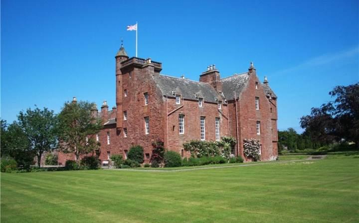 AAA Ethie castle Inverkeilor, By Arbroath, Angus, DD11 5SP