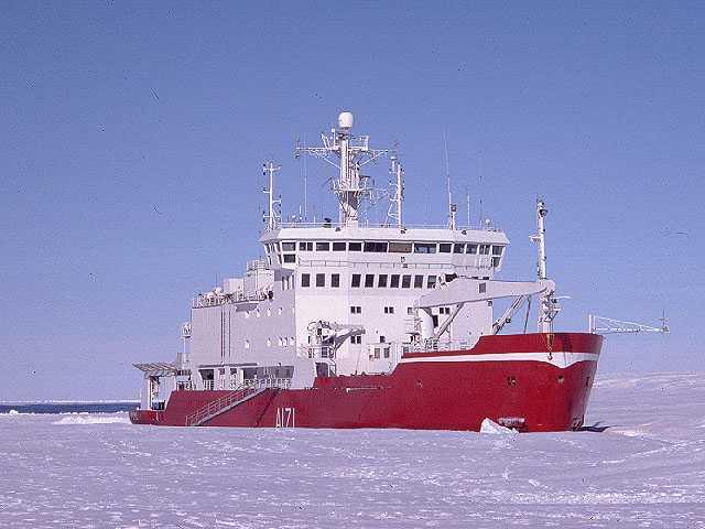 AAA HMS Endurance Laurie Padman ESR