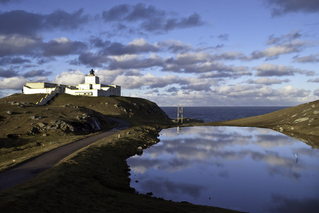 AAA Strathy Point Lighthouse Peter Moore