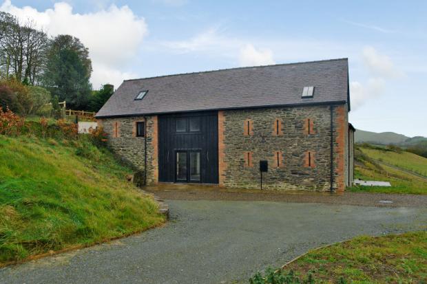 AAA The Wain House, Pen Y Clawdd, Llandrindod Wells, Powys, LD1 5UR