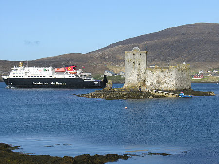 Kisimul Castle, Isle of Barra - Undiscovered Scotland