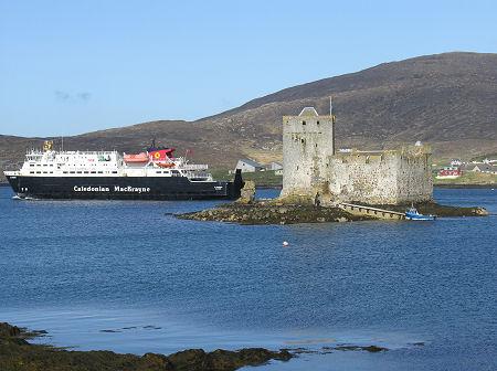 Kisimul Castle, Isle of Barra - Undiscovered Scotland